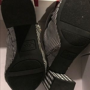 Black and white gingham shoes